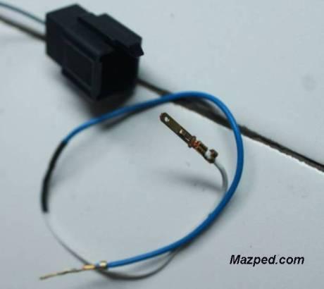 kabel dengan skun di kedua ujung