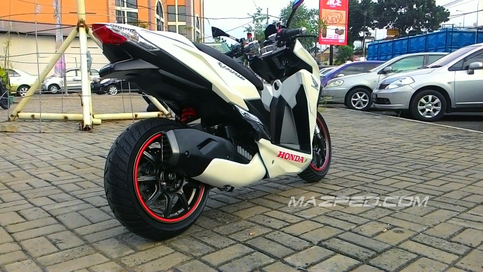 Download Koleksi Modifikasi Motor Vario 150cc Terlengkap Velgy Motor